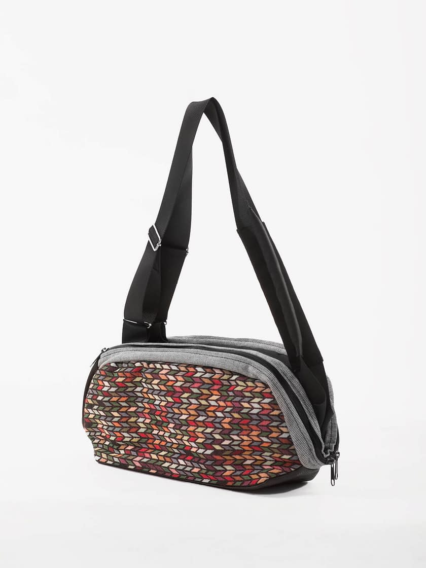 vegan crossbody bag convertible to laptop backpack Portuguese brand